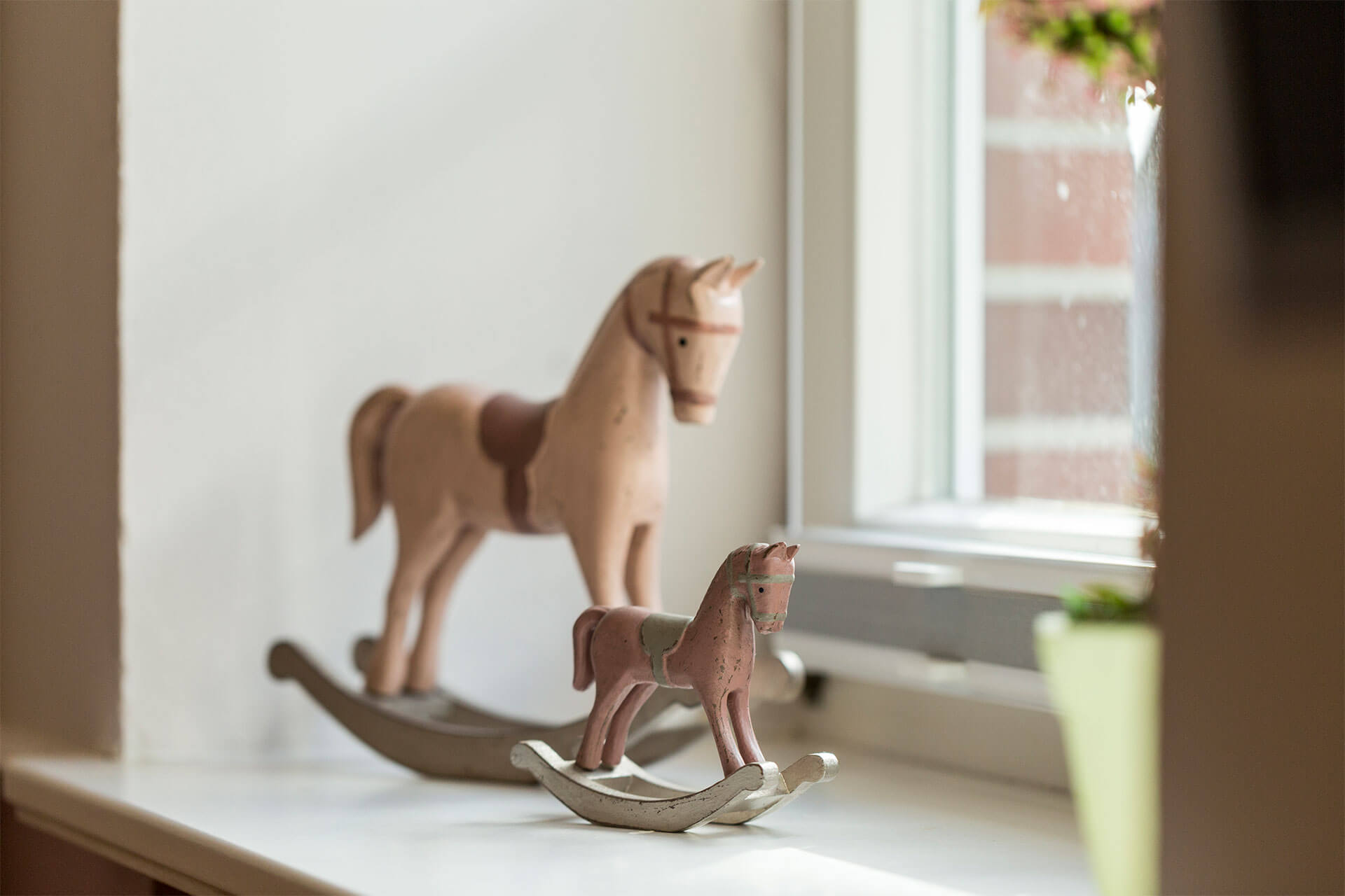 decoration horses by decotable in the apartments in the showjumping school near Hamburg