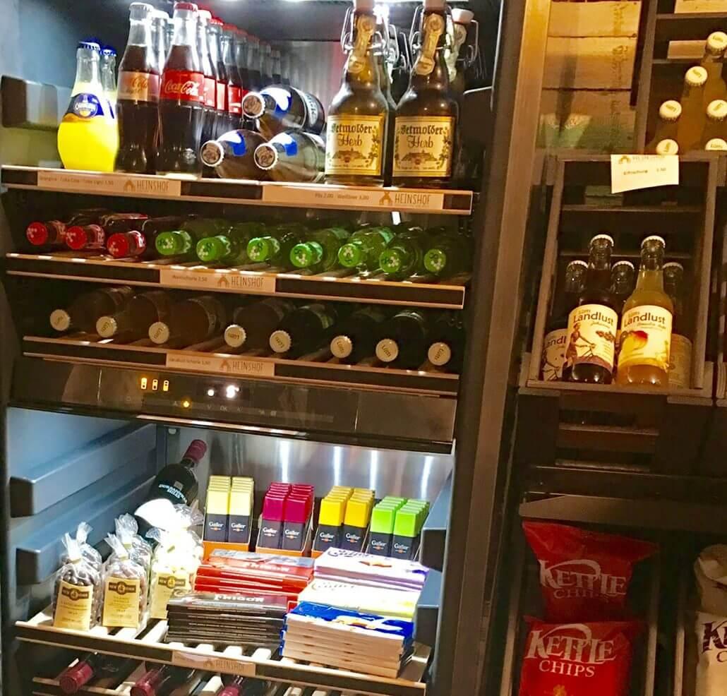 """Getränke und Snacks im """"chick-inn"""" auf dem Heinshof"""
